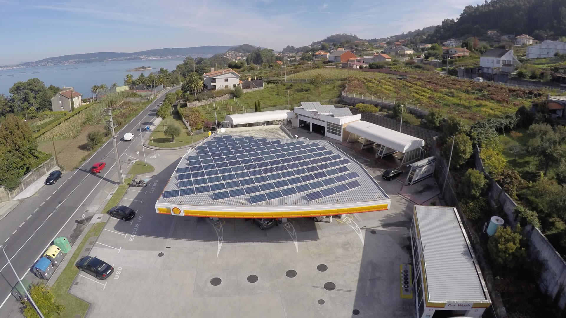 Instalador de paneles fotovoltaicos 78