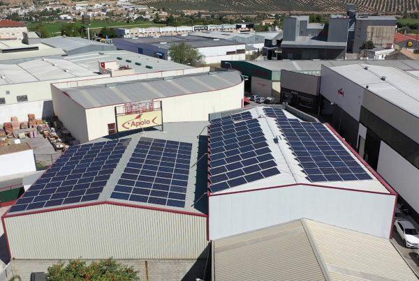 Instalación de autoconsumo en Mariscos y Congelados Apolo, Granada - EDF SOLAR