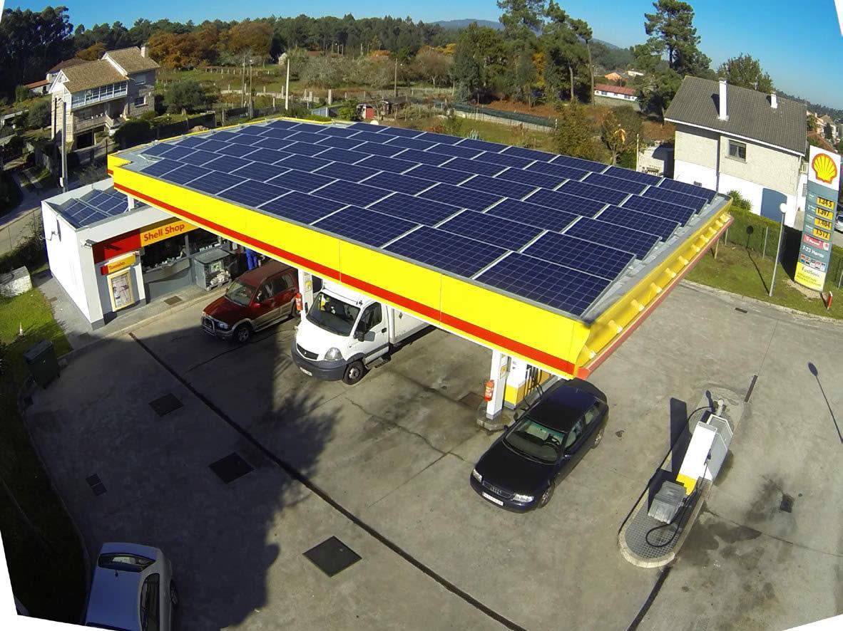 Instalador de paneles fotovoltaicos 69
