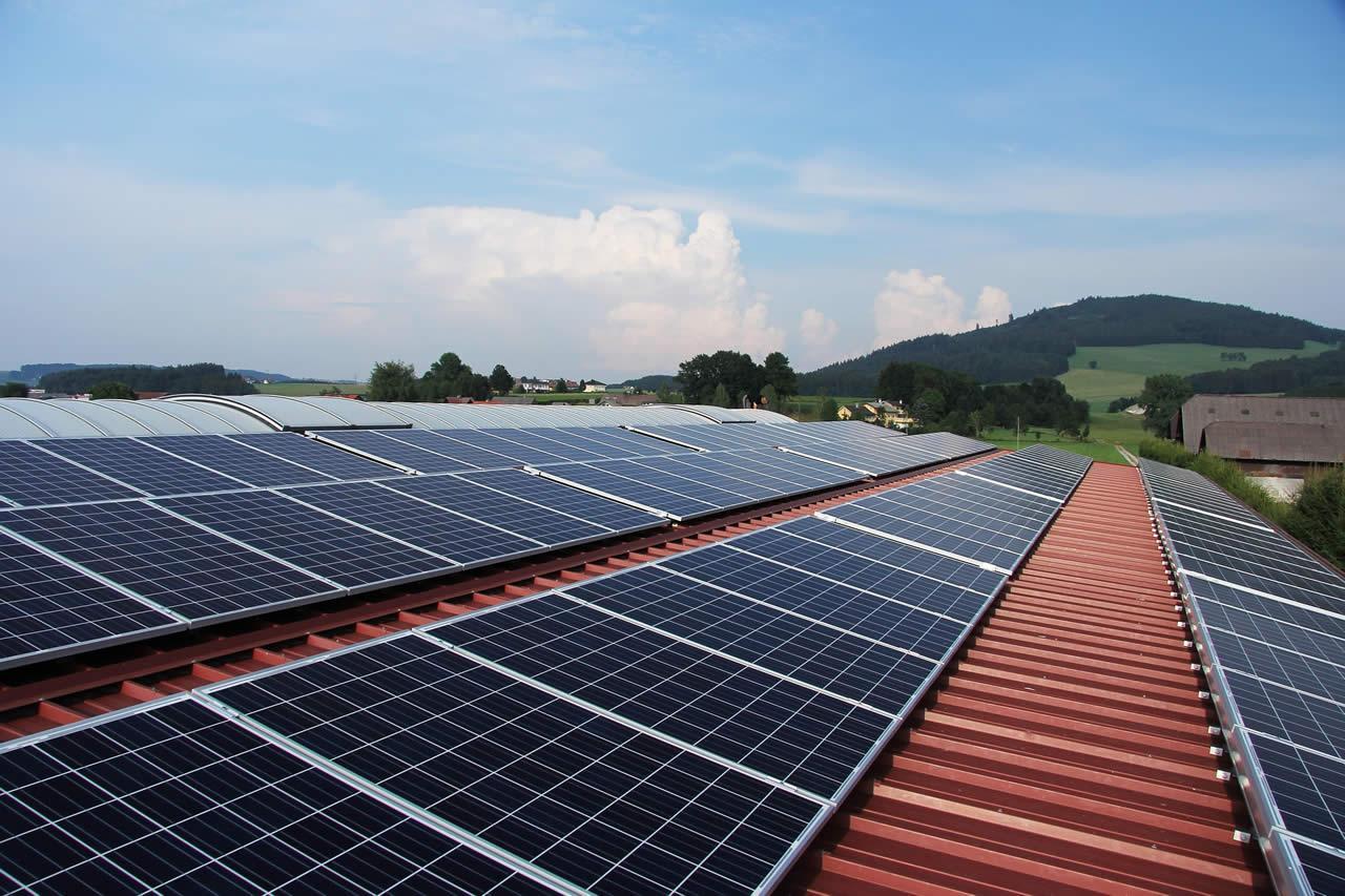 La energia solar ya es mas barata que la derivada del carbon