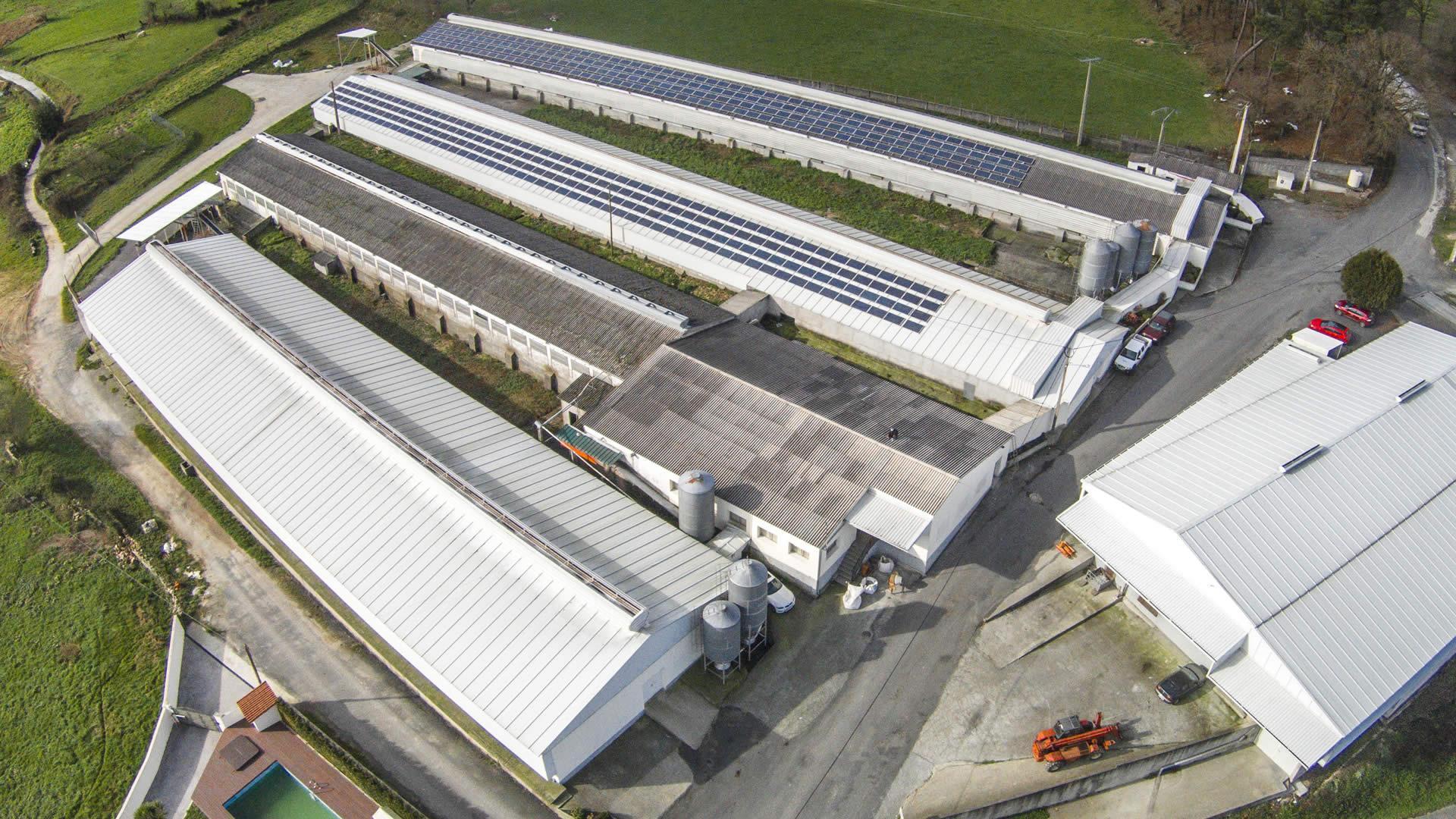 Instalador de paneles fotovoltaicos 40