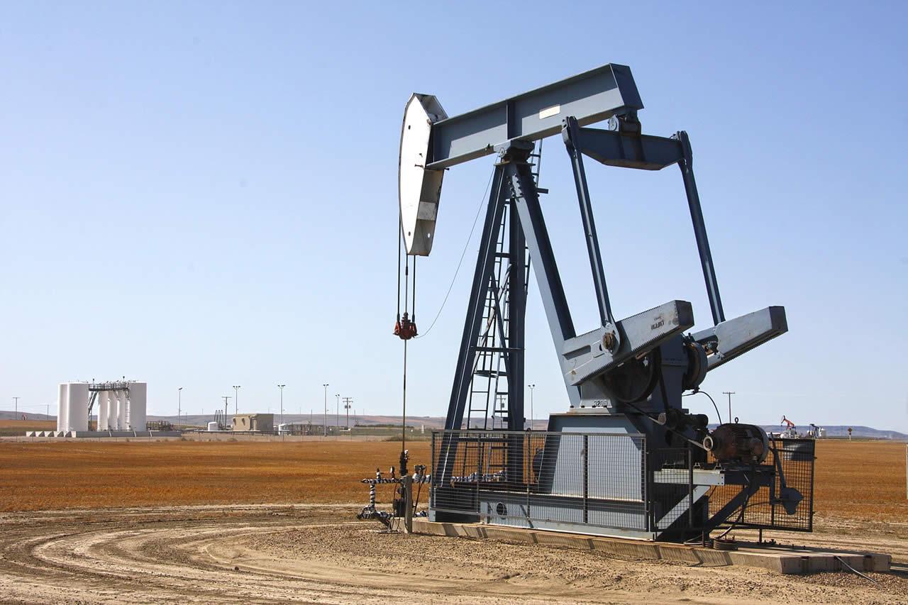 Familia Rockefeller abandona el negocio del petroleo