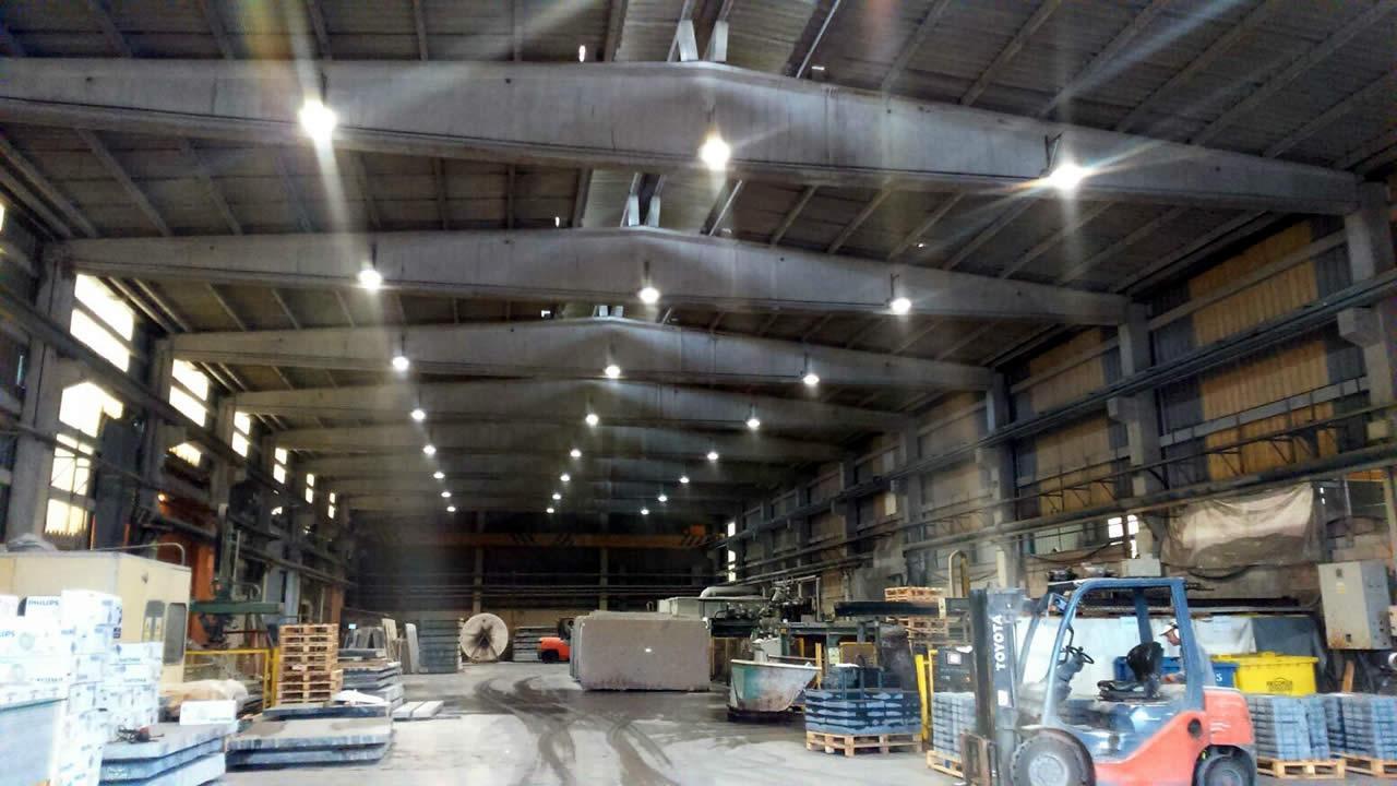 instalación de luminaria led en grupimar