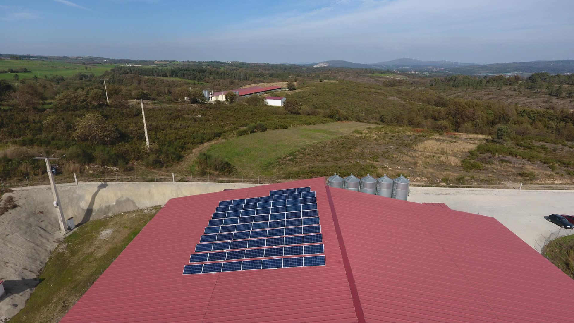 Instalador de paneles fotovoltaicos 16