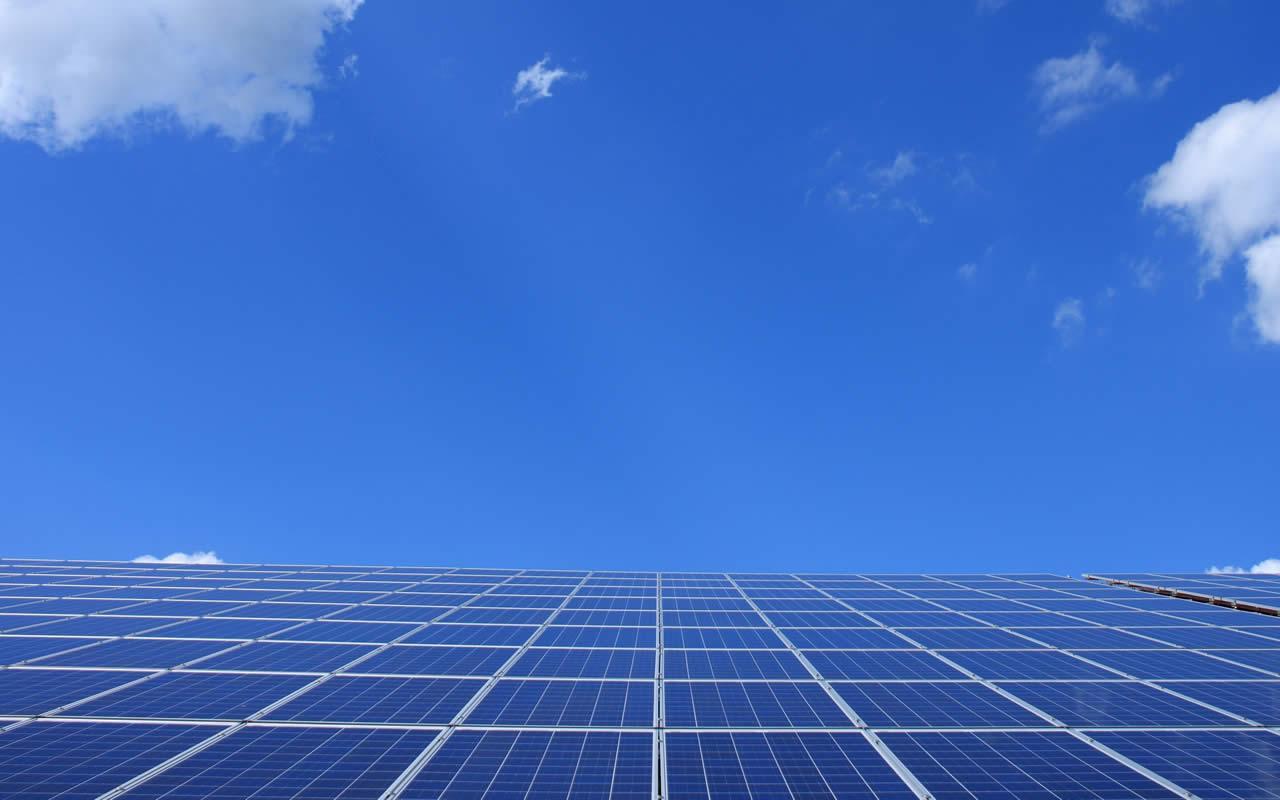 Instalación de energía solar fotovoltaica aislada en Galicia