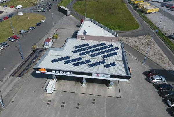 Instalación de energía solar fotovoltaica para autoconsumo en gasolinera Estación de Servicio Culleredo (A Coruña)