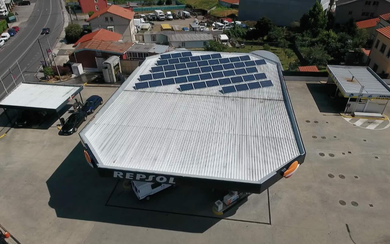 Instalador de paneles fotovoltaicos 93