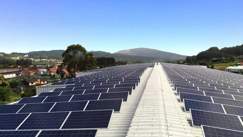 Instalación de autoconsumo fotovoltaico industrial en Pontevedra de 600kwp