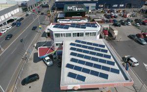 Instalación de autoconsumo en gasolinera Icaria 24 Horas - EDF Solar