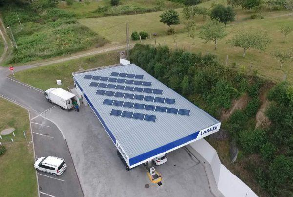 Instalación de autoconsumo fotovoltaico en E.S. Laraxe - Eidf Solar