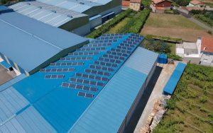 Instalación de autoconsumo industrial en Distribuciones Lema