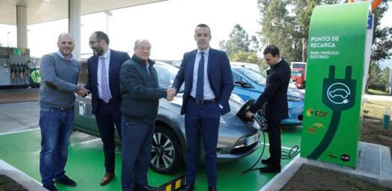 Instalación punto recarga coche eléctrico en Santiago de Compostela