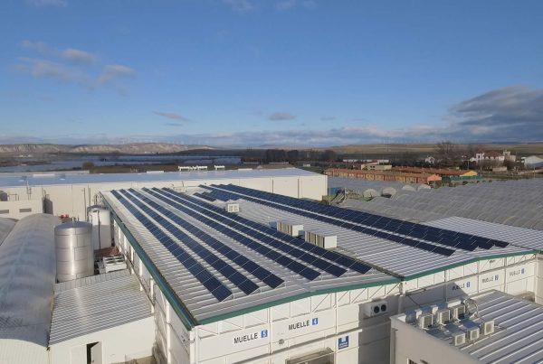 EDF SOLAR - Instalación de autoconsumo fotovoltaico en Huerta Peralta, Navarra