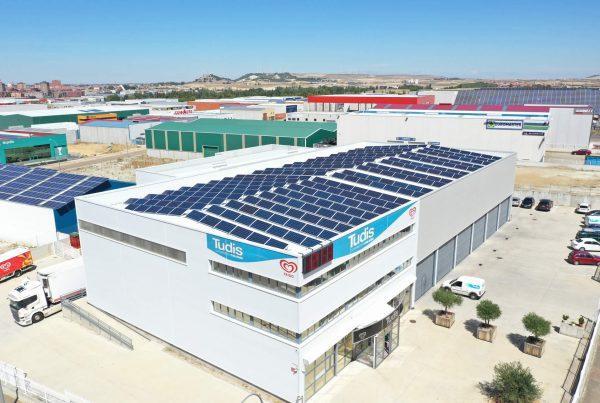 Instalación de cubierta solar fotovoltaica en Distribuciones Alcopa, Valladolid - EDF SOLAR