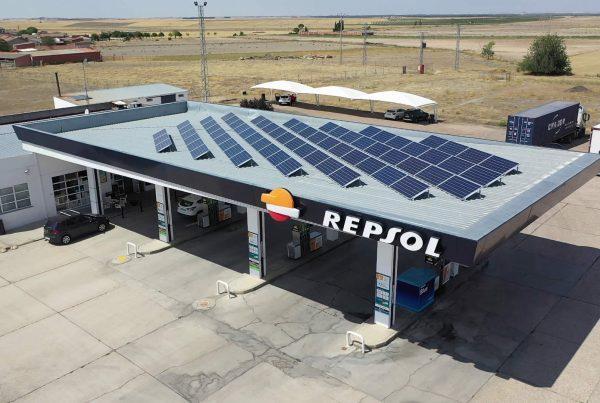 Instalación de autoconsumo en gasolinera Carburantes de Medina, Valladolid - EDF SOLAR