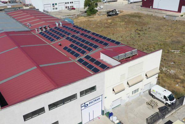 Instalación de autoconsumo industrial en SCAS, Valladolid - EDF SOLAR