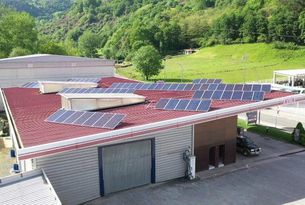 Instalación de autoconsumo fotovoltaico en gasolinera E.S. Santesteban, Navarra - Eidf Solar