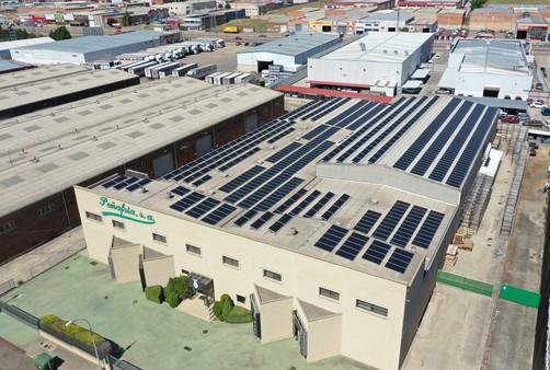 Instalación de autoconsumo fotovoltaico en Cárnicas Peñafría (Castilla y León) - EDF Solar