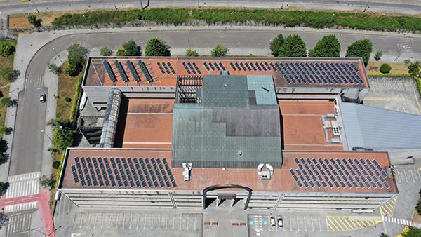 Instalación de autoconsumo fotovoltaico en facultad de Ciencias Sociales - UVigo