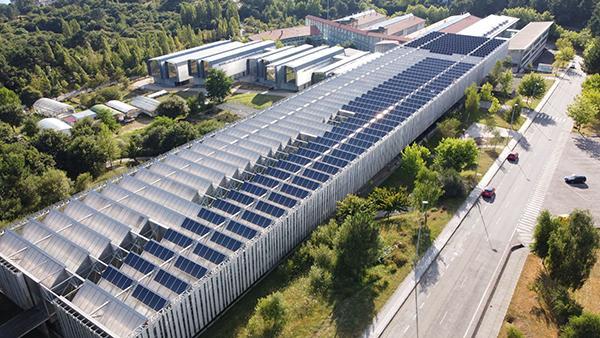 Instalación de autoconsumo fotovoltaico en CACTI - UVigo