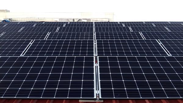 Instalación de autoconsumo fotovoltaico en Industrias Vascoal