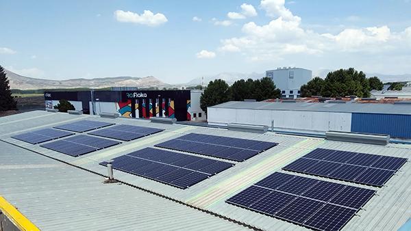 Instalación de autoconsumo fotovoltaico en Koity Papel