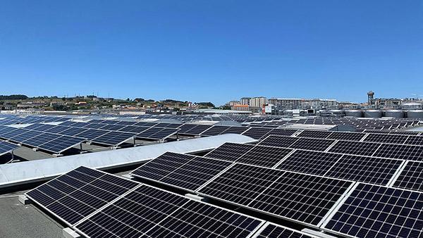 Instalación de autoconsumo fotovoltaico en Estrella Galicia