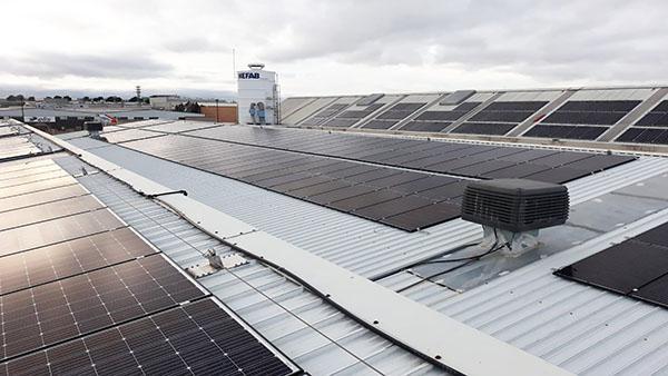Instalación de autoconsumo fotovoltaico en Nefab España | Eidf Solar