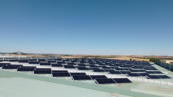 Instalación de autoconsumo fotovoltaico en Vyrsa| EDF Solar