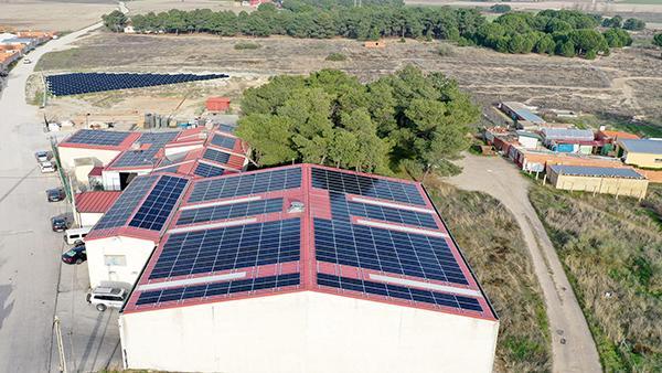 Instalación de autoconsumo fotovoltaico en Moldeados Caucho | EDF Solar