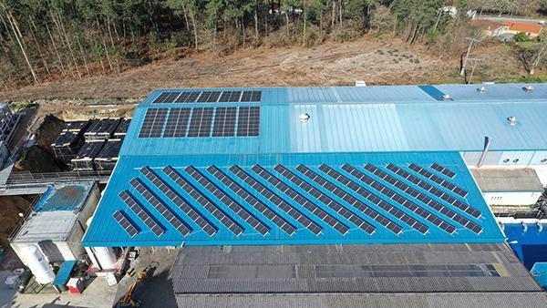 Instalación autoconsumo fotovoltaico en Papelería Brandía | EiDF Solar