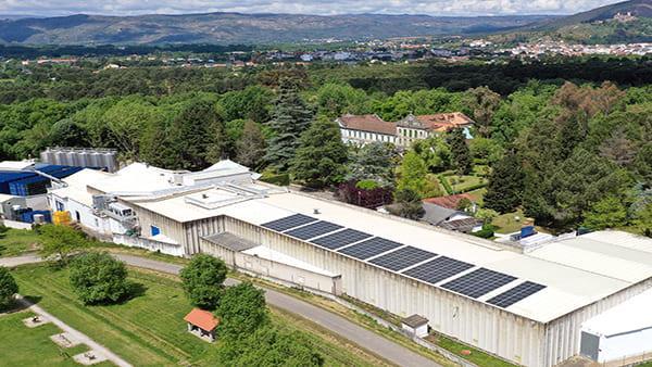 Instalación fotovoltaica de autoconsumo en Augas de Cabreiroá