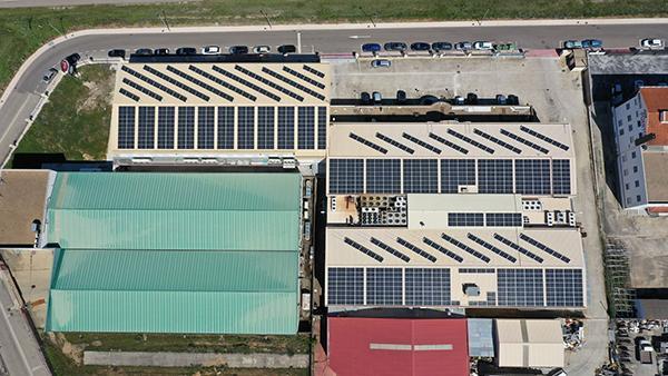 Instalación fotovoltaica de autoconsumo en Chacinerías Díaz | EiDF Solar