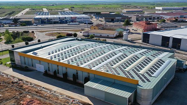 Instalación de paneles solares para autoconsumo en Vyrsa | EiDF