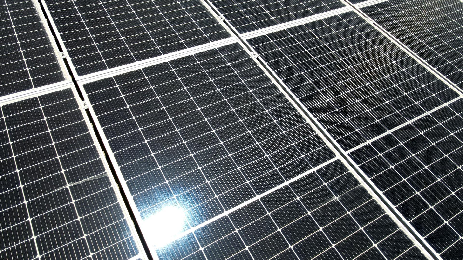 Instalación de autoconsumo fotovoltaico en Vipreluc | EiDF