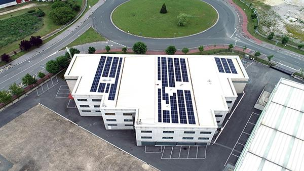 Instalación de autoconsumo fotovoltaico en A&B Laboratorios | EiDF