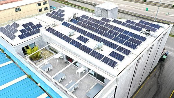Instalación fotovoltaica de autoconsumo en Vegastur | EiDF