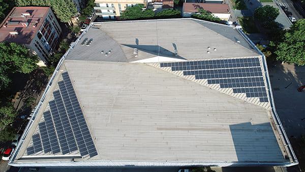 Instalación fotovoltaica autoconsumo en Mercat del Bon Pastor | EiDF