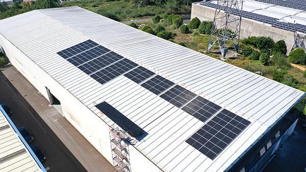 Instalación autoconsumo fotovoltaico en Malbol Peek | EiDF